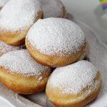 Faschingskrapfen (Austrian carneval doughnuts)